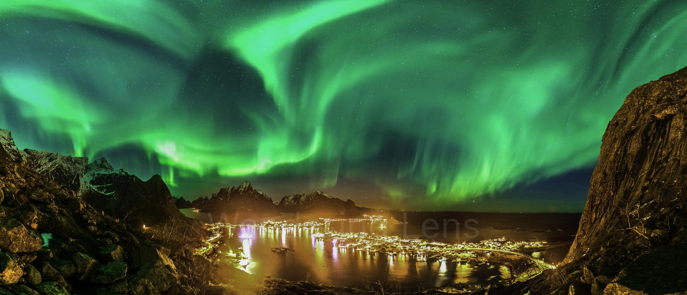 Aurora Borealis Over Reine